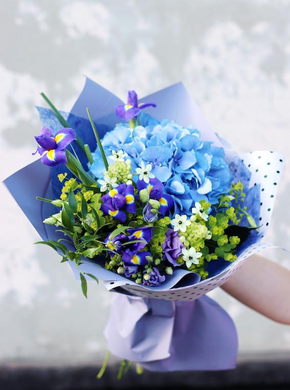 Живые цветы доставка в севастополе купить, роз