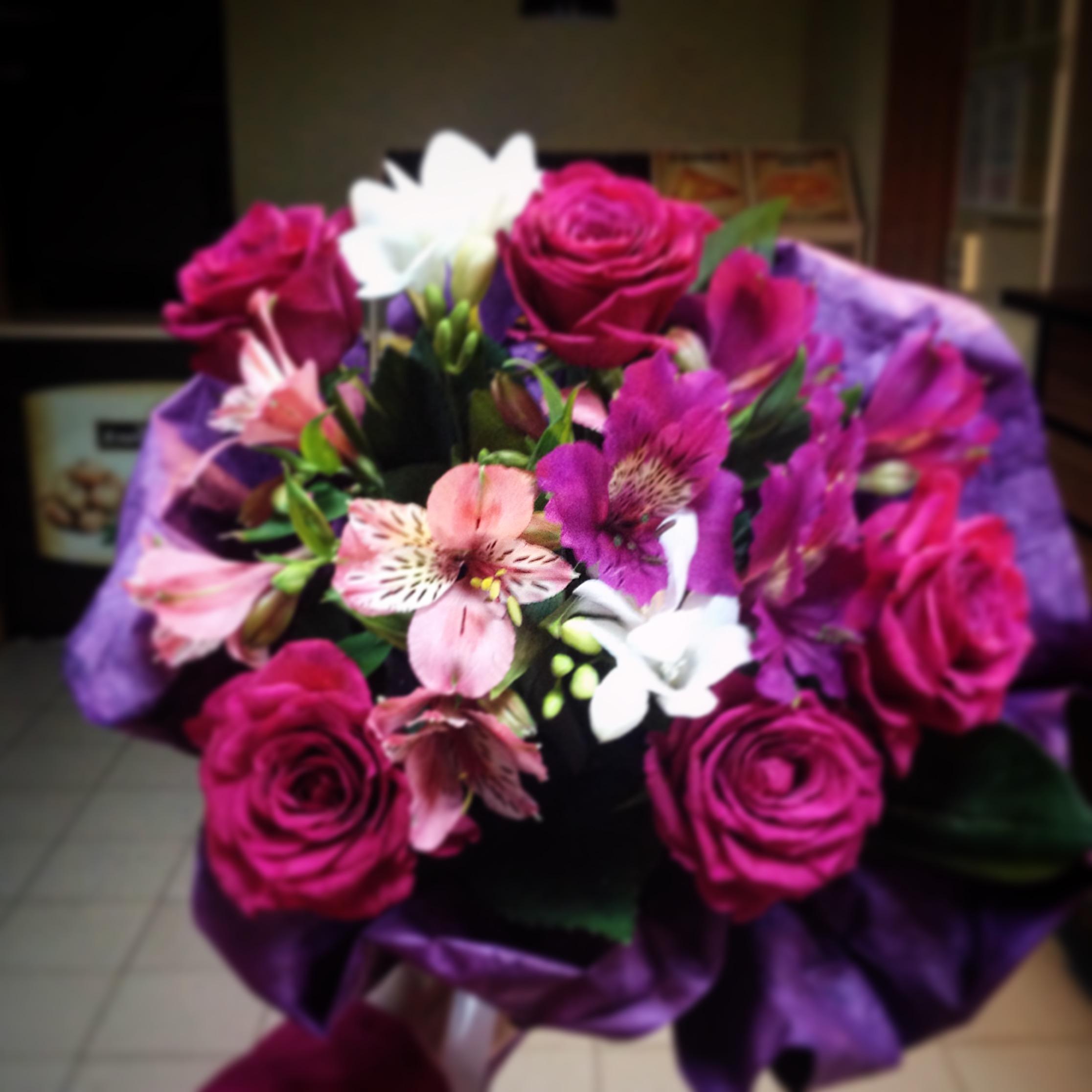 Оптом, заказать букет цветов с доставкой в севастополе