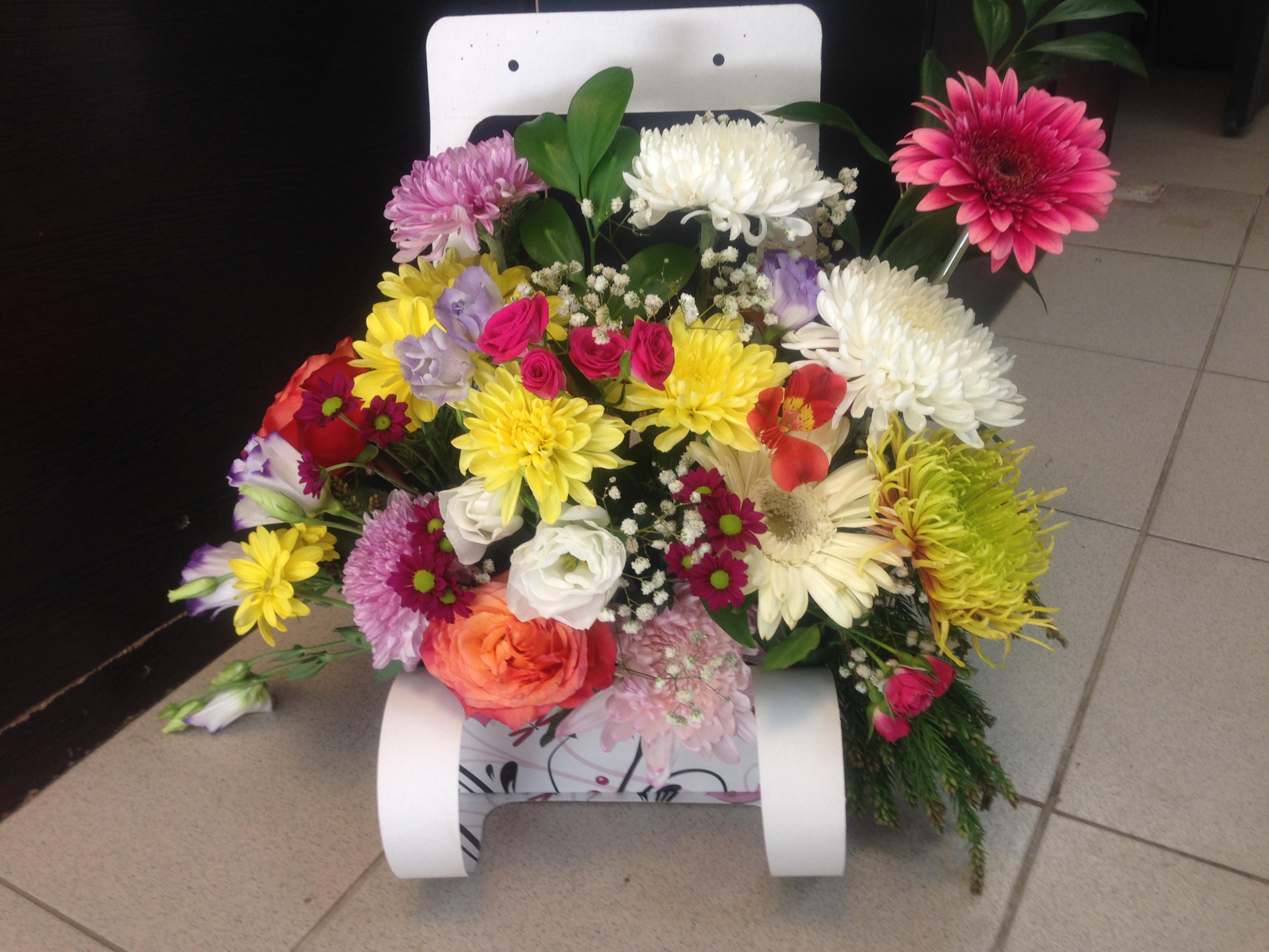 Заказать букет цветов с доставкой в севастополе