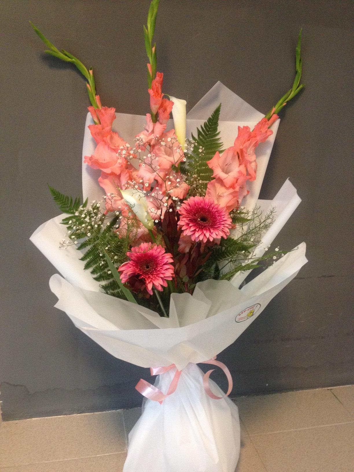 Роз, живые цветы доставка в севастополе купить